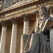 Protection de l'enfance : le projet de loi adopté hier en première lecture