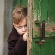 Pauvreté des enfants: lancement d'une concertation nationale