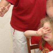 l'autorité parentale s'exerce sans violences physiques ou psychologiques
