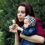 imitation bébé assistante maternelle