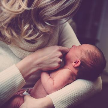 bébé et assistant familial