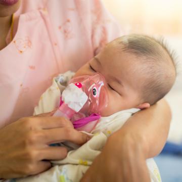 Infections respiratoires des nourrissons : attention au risque de résurgence