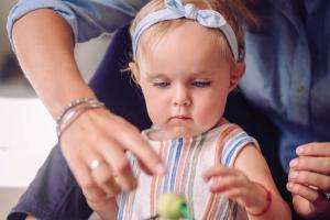 La formation continue des assistantes maternelles